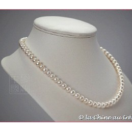 Collier perles blanches D7.5